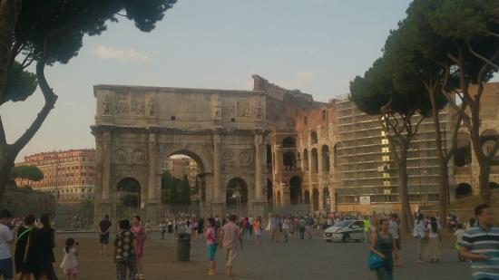 Colosseum: КОЛИЗЕЙ