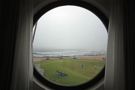 Beach Lodge Swakopmund: View from the foot of the bed