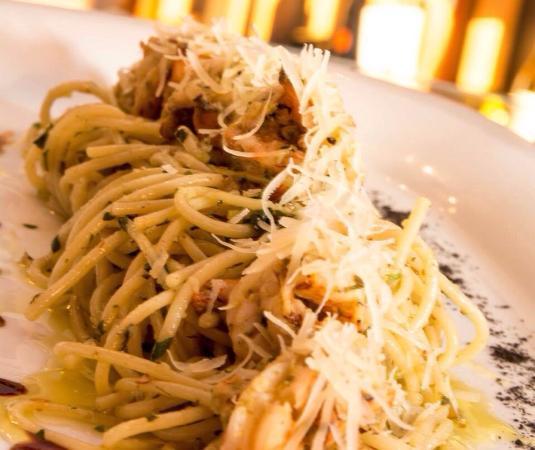 Vinos Van Eyck: Spaghetti al Pesto con Camarones