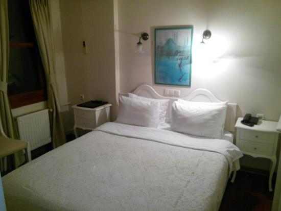 Hotel Sari Konak: Habitación Standard