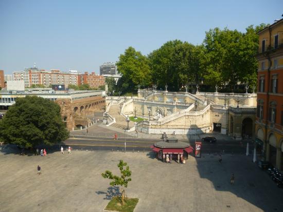 NH Bologna De La Gare: View from room
