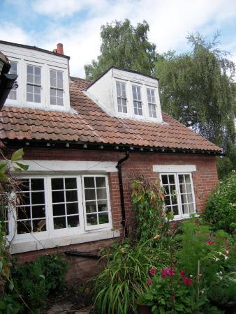 C. S. Lewis House: The Kilns