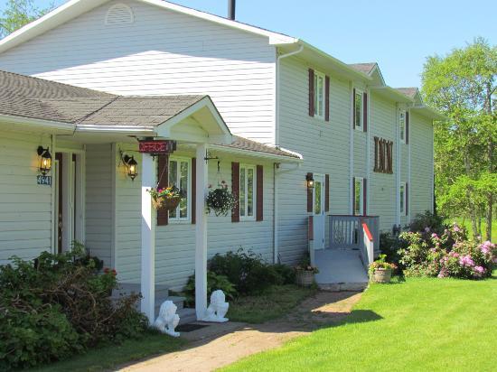 The Shepody Bay Inn