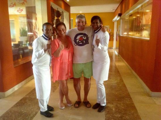 Secrets Royal Beach Punta Cana: Fantastic waiting staff at La Riviera
