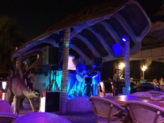 Bedrock Cafe & Restaurant: palco