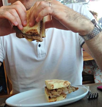 A Nossa Tasca: Prego em Bolo de Caco