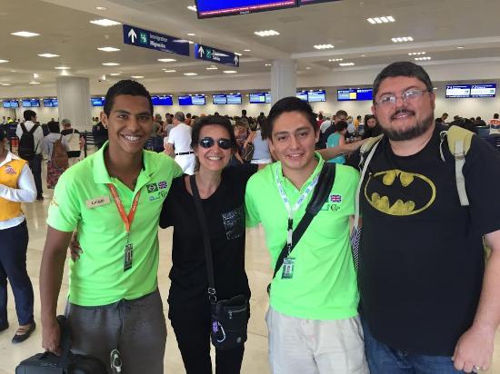 BrasilTransfers: De volta a seu Pais Carla e Fabio. Contentes pelo servico prestado