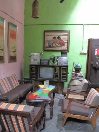 Calanthe Art Cafe: Comfy seating