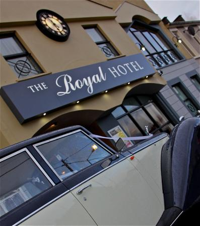 Royal Hotel: Front of Hotel