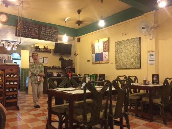 Eightfold Restaurant: 3