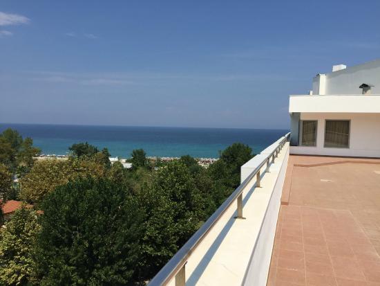 Cronwell Platamon Resort: вид с балкона