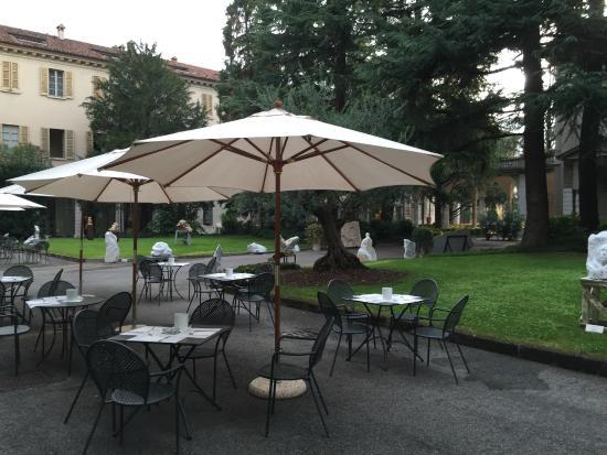 Centro Paolo VI: Pour un petit déjeuner en extérieur