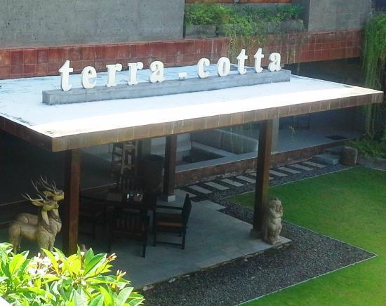 Alindra Villa: Terracotta Restaurant