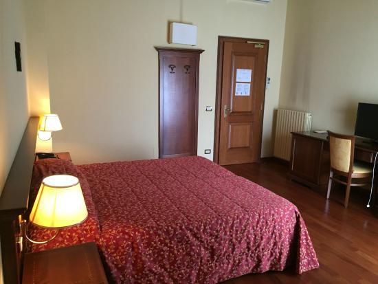 Centro Paolo VI: Chambre