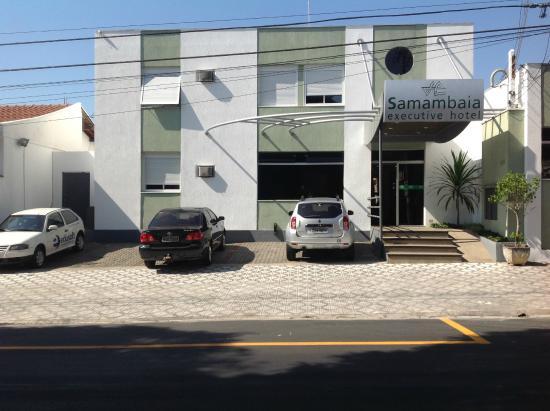 Samambaia Executive Hotel: FRENTE HOTEL