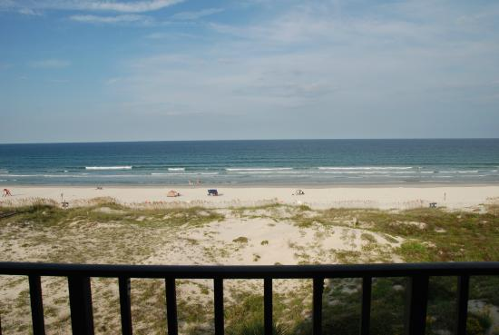 Beachers Lodge: View from the balcony.