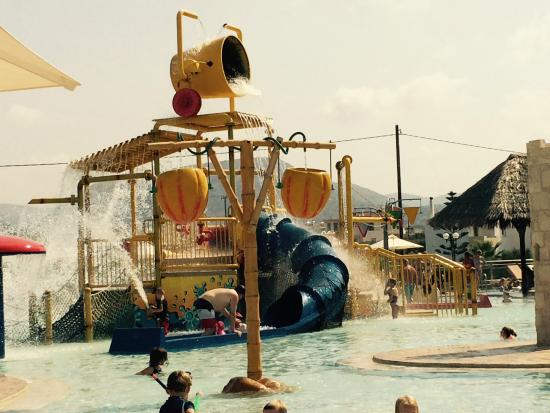 "Atlantica Caldera Palace Resort & Spa: Kids ""Splash"" Pool"