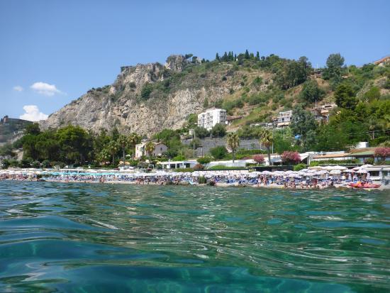 Isola Bella: Beach