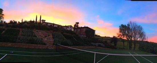 Villa Rignana: tennis court