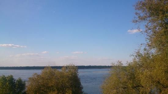 Island Sarpinskiy: Остров Сарпинский