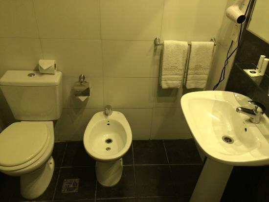 Massini Suites: Banheiro