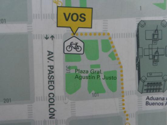 Aduana de Buenos Aires: Ubicación frente a la Plaza A. Justo