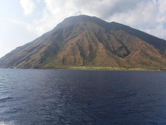 Tarnav Minicrociere Isole Eolie: Isla de Strombolli
