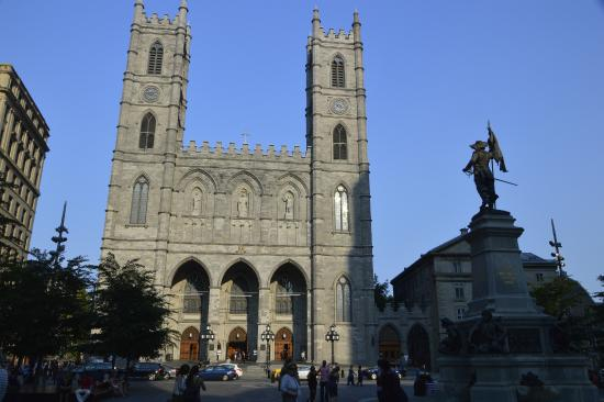 Delta Hotels by Marriott Montreal: Basilica di Notredam