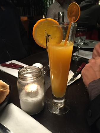 Lucinda Bar: Suco de laranja