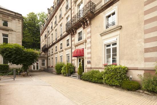 Grand Hotel Plombieres Les Bains: Façade extérieur