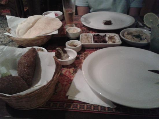 Pimenta Siria Buzios: Rodízio árabe.