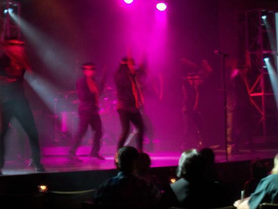 MJ Live: stage