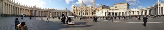 St. Peter's Square (Piazza San Pietro): LA PLAZA