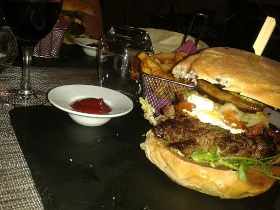 Burger de canard bild von la table du roy salon de - Restaurant salon de provence la table du roy ...