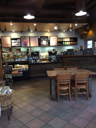 Starbucks: nice and clean.    very welcoming
