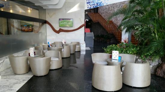 Gloria Palace San Agustín Thalasso & Hotel: Reception area