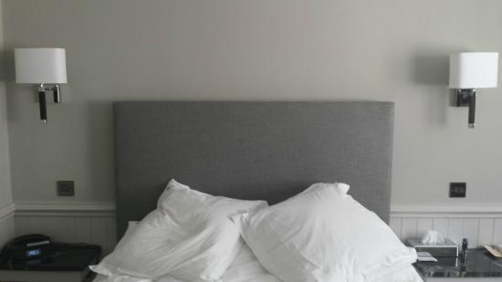 Empire Hotel Llandudno: Room 66 Bed