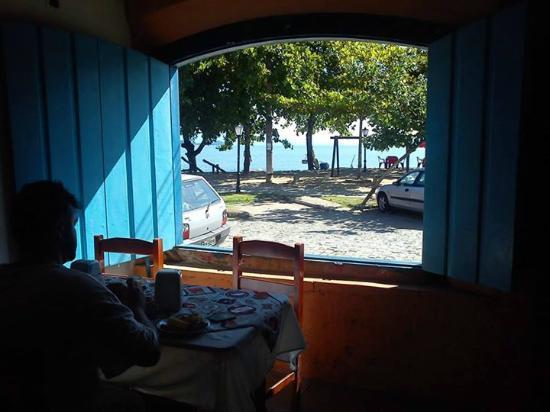 Pousada Refron du Mar: café da manhã, vista para praia
