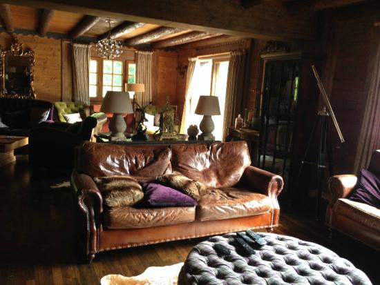 Le Grand Joux: Lounge/TV area