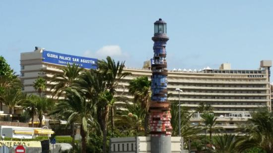 Gloria Palace San Agustín Thalasso & Hotel: View from shopping centre towards hotel