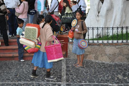 Plaza Borda: Индейцы на Пласа Борда