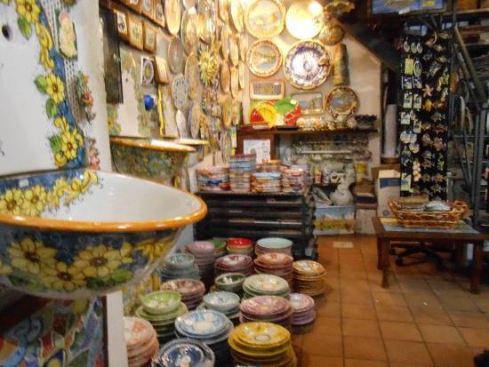 Ceramiche di Vietri: e... mais cerâmicas, muito colorido..