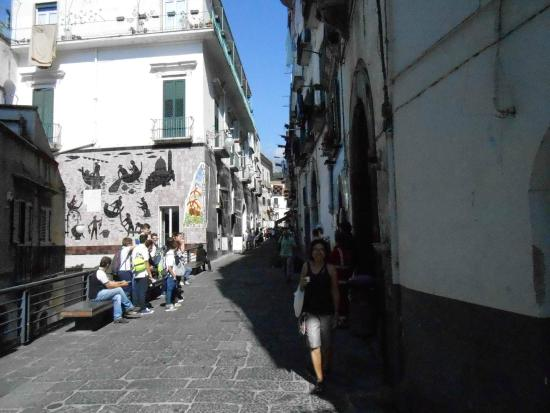 Ceramiche di Vietri: Cerâmicas, chegando na cidade
