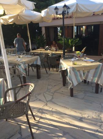 Pegasus Restaurant : Outside seating area , loads of tables to choose from