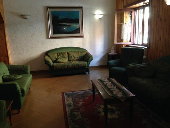 Hotel Lo Sciatore: hall