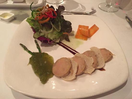 Lopesan Villa del Conde Resort & Thalasso: starter at dinner