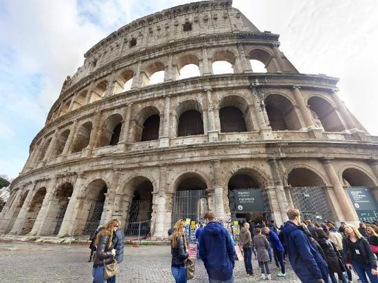 Colosseum: Por fuera