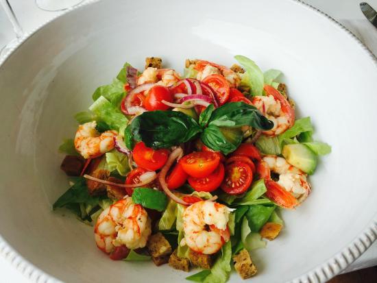 Beach Club 10.7: Gambas salad