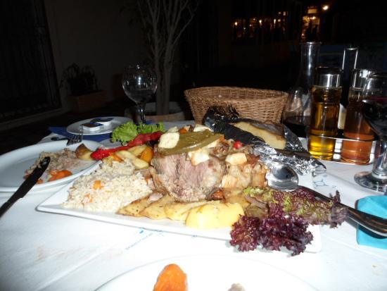 Cyclades Tavern Restaurant: So tender