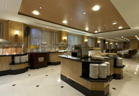Hotel Sevilla Center: Desayunos